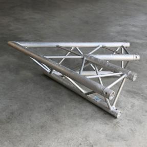 Tweedehands Prolyte H30D-C001 truss driehoek 45 graden 2-weg hoek