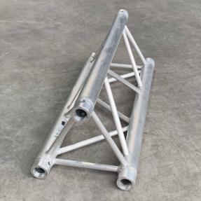 Tweedehands Interal Protruss T30 truss driehoek 100 cm