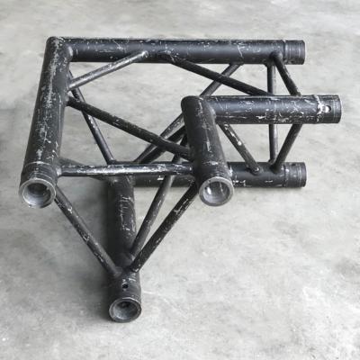 Tweedehands Prolyte H30D-C003 truss driehoek 90 graden 2-weg hoek zwart