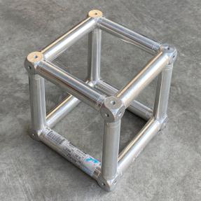 Tweedehands Prolyte E20V truss vierkant boxcorner