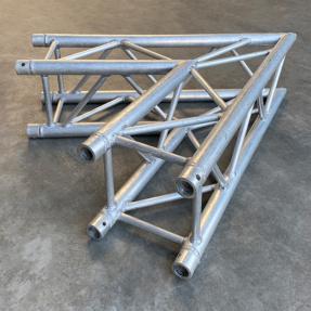 Tweedehands Eurotruss FD34-L60 truss vierkant 2-weg 60 graden