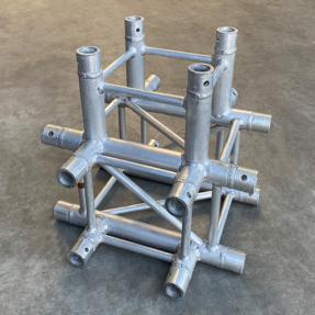 Tweedehands Eurotruss FD34-XD truss vierkant 5-weg