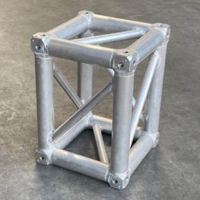 Tweedehands Global truss F34-BOX 30-40 truss vierkant Boxcorner